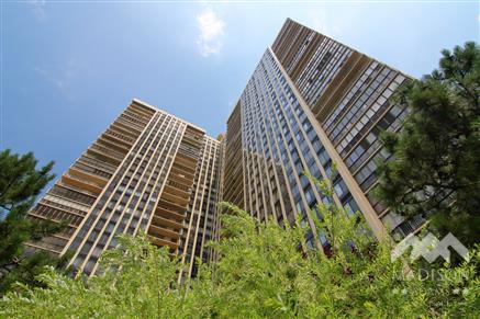 Winston Towers