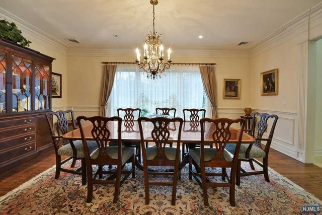 englewood cliffs senior singles Our seasoned senior living advisors in englewood cliffs, nj are willing to help you find the new home for your loved one get pricing, info and more at ourparentscom speak with a care advisor today.